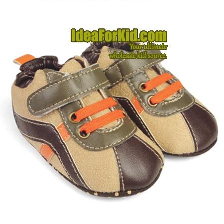 รองเท้าผ้าใบเด็ก Mothercare สีน้ำตาล (6 คู่/แพ็ค)