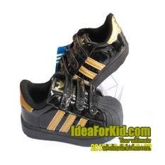 รองเท้าผ้าใบแถบข้าง-Adidas-สีดำ-(7-คู่/แพ็ค)