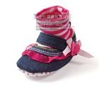 รองเท้าเด็กทรงสูง-สีชมพูขาว-(6-คู่/แพ็ค)