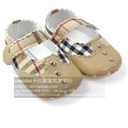 รองเท้าเด็ก-Burberry-สีน้ำตาล-(6-คู่/แพ็ค)