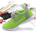 รองเท้าผ้าใบนักกีฬา-สีเขียว-(6-คู่/แพ็ค)