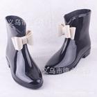 รองเท้าบู๊ทกันน้ำประดับโบว์-สีดำ-(5-คู่/แพ็ค)