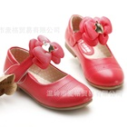 รองเท้าเด็กดอกไม้บาน-สีแดงแตงโม-(6-คู่/แพ็ค)