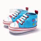 รองเท้าเด็กคิตตี้กับแอ๊ปเปิ้ล--(6-คู่/แพ็ค)