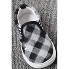 รองเท้าเด็กลายตาราง-สีดำ-(8-คู่/แพ็ค)