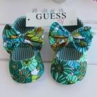 รองเท้าเด็กดอกไม้ป่า-สีเขียว-(6-คู่/แพ็ค)
