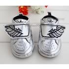 รองเท้าเด็ก-Adidas-ติดปีกสีเงิน-(6-คู่/แพ็ค)