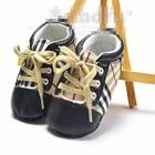 รองเท้าผ้าใบคุณหนู-Burberry-(3-คู่/แพ็ค)