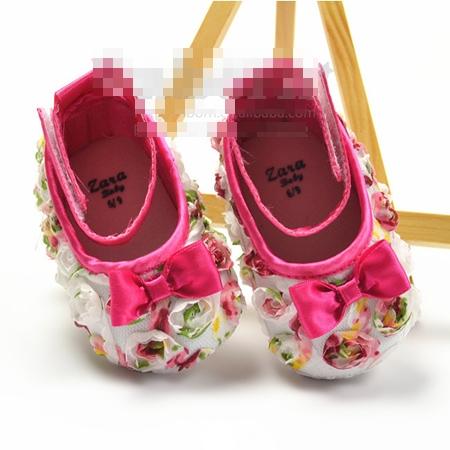 รองเท้าเด็กดอกไม้หว๊านหวาน (3 คู่/แพ็ค)