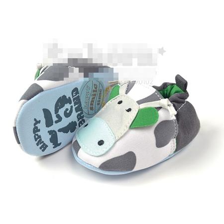 รองเท้าเด็กวัวน้อย (3 คู่/แพ็ค)