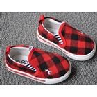 รองเท้ากวางน้อย-ลายตาราง-สีแดงดำ-(8คู่/แพ็ค)