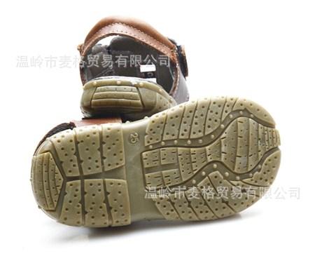 รองเท้าหนังรัดส้น Armani สีดำ (5 คู่/แพ็ค)