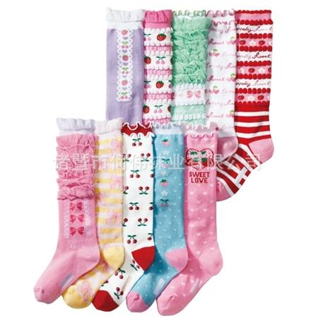 ถุงเท้าเด็กผู้หญิงแฟนซีแบบยาว คละแบบ(20 คู่ /pack)