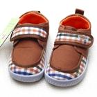 รองเท้าเด็กลายตาราง-สีน้ำตาล-(6-คู่/แพ็ค)