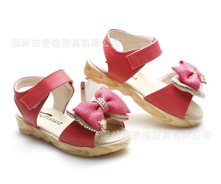 รองเท้าเด็กโบว์สองชั้น สีแดง (5 คู่/แพ็ค)