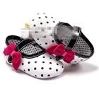 รองเท้าเด็กลายจุดประดับโบว์-สีขาว-(6-คู่/pack)