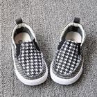 รองเท้าเด็กยึกยัก-ยึกยัก-สีดำ-8-คู่/แพ็ค)