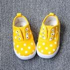 รองเท้าเด็กลายจุด-สีเหลือง-(8-คู่/แพ็ค)