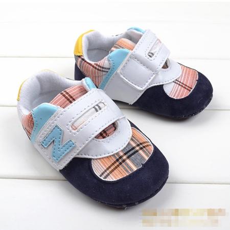 รองเท้าผ้าใบเด็ก N สีน้ำเงิน (6 คู่/pack)