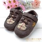 รองเท้าผ้าใบเด็ก-Burberry-สีน้ำตาล-(6-คู่/pack)