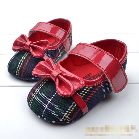 รองเท้าเด็ก Burberry โบว์แดง (6 คู่/pack)