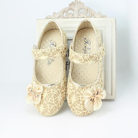 รองเท้าโบว์ดอกไม้ สีทอง ไซส์ 21-25 (5 คู่/แพ็ค)