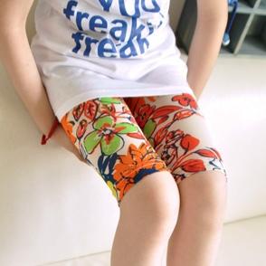 กางเกงเลกกิ้งขาสั้นลายดอกไม้ สีส้ม (5 ตัว /pack)