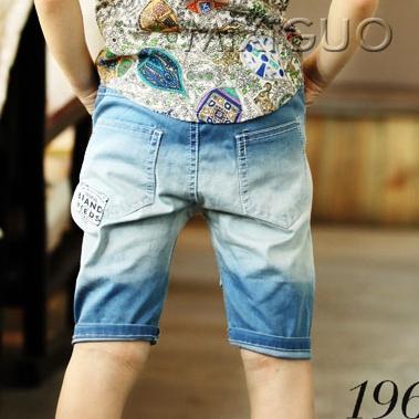 กางเกงยีนส์ขาสามส่วน Val สีฟ้า (5 ตัว/pack)