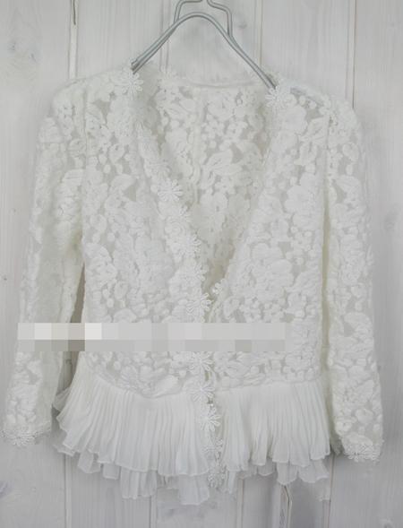 เสื้อคลุมเด็กแขนยาวลูกไม้ สีขาว (5 ตัว/pack)
