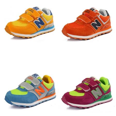รองเท้าผ้าใบเด็ก New Balance สีแดง (6 คู่/แพ็ค)
