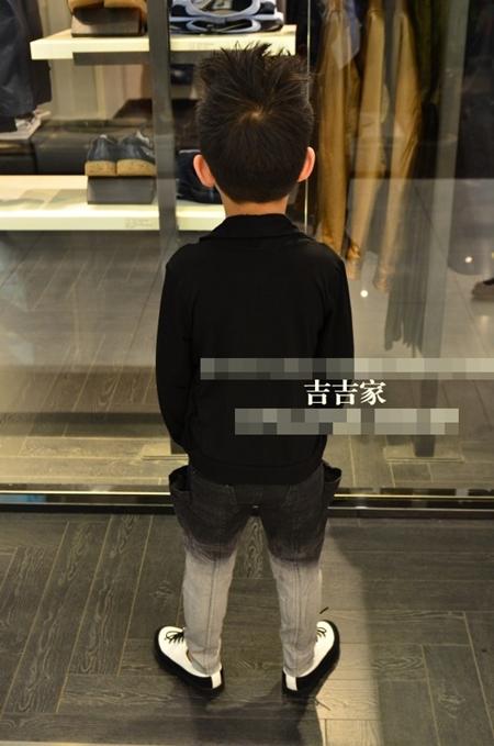 เสื้อสไตล์บอยแบนเกาหลี (5 ตัว/pack)