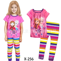 ชุดนอนเจ้าหญิง-2-คน-สีชมพูกางเกงรุ้ง-(6-ตัว/pack)