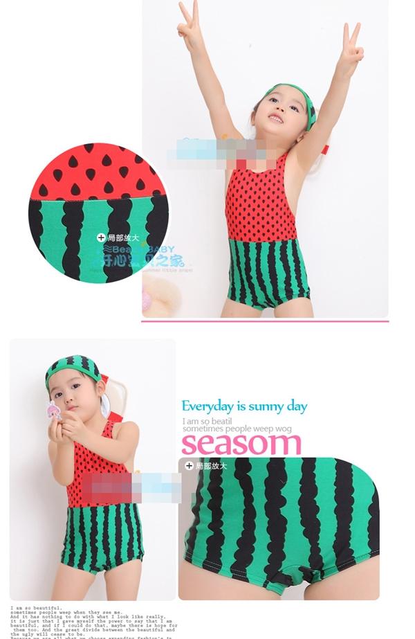 ชุดว่ายน้ำแตงโม สีแดงเขียวพร้อมหมวก(5 ตัว/pack)