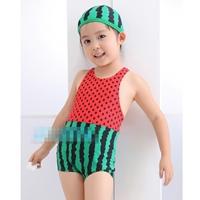 ชุดว่ายน้ำแตงโม-สีแดงเขียวพร้อมหมวก(5-ตัว/pack)