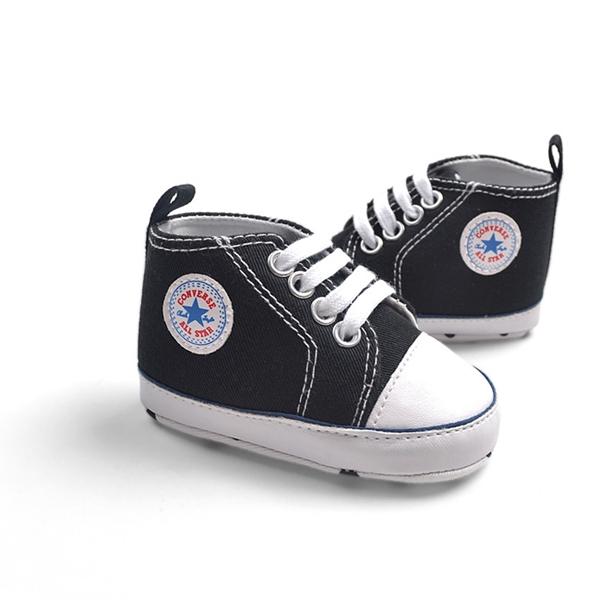 รองเท้าผ้าใบเด็ก Converse สีดำ (6 คู่/pack)