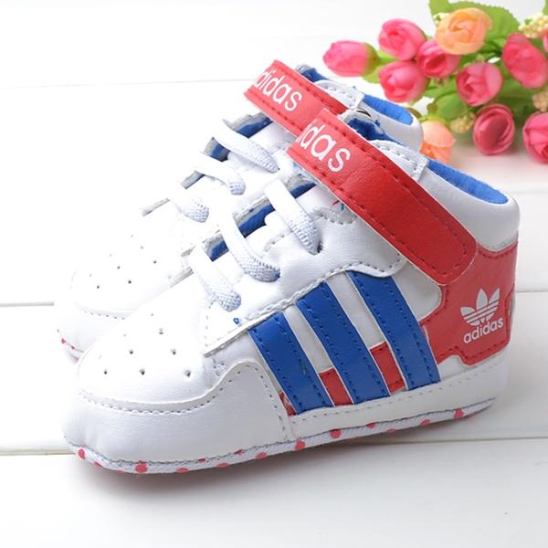 รองเท้าผ้าใบเด็ก ADIDAS สีขาวน้ำเงิน (4 คู่/pack)