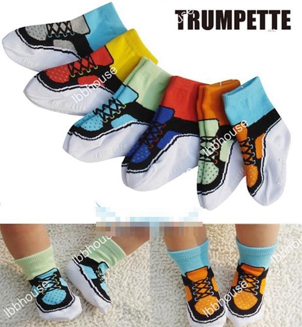 ถุงเท้าเด็กลายรองเท้าสีสดใส คละสี (36 คู่ /pack)