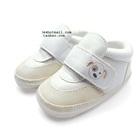 รองเท้าเด็กหมาน้อยตาเดียวสีขาว-(4-คู่/แพ็ค)